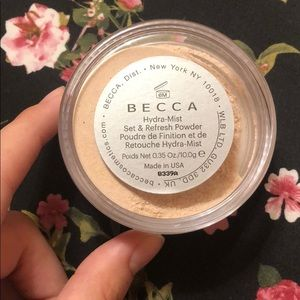 BECCA Makeup - BECCA - Hydra-mist Set & Refresh Powder